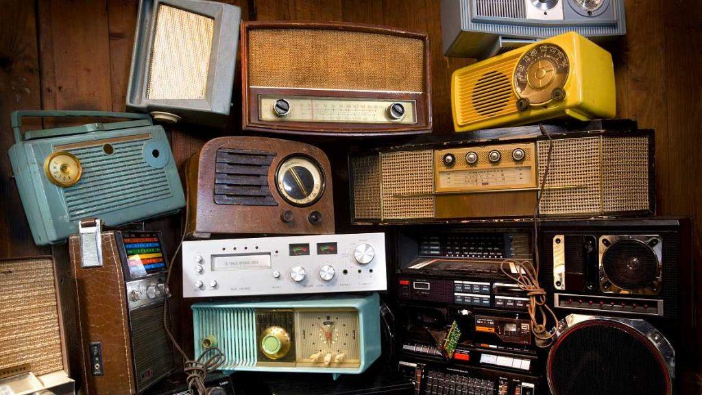 5.DIA DE LA RADIO